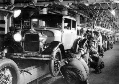 Ford üretim bandında , basit , ustalık gerektirmeyen minik işlerden tüme varım